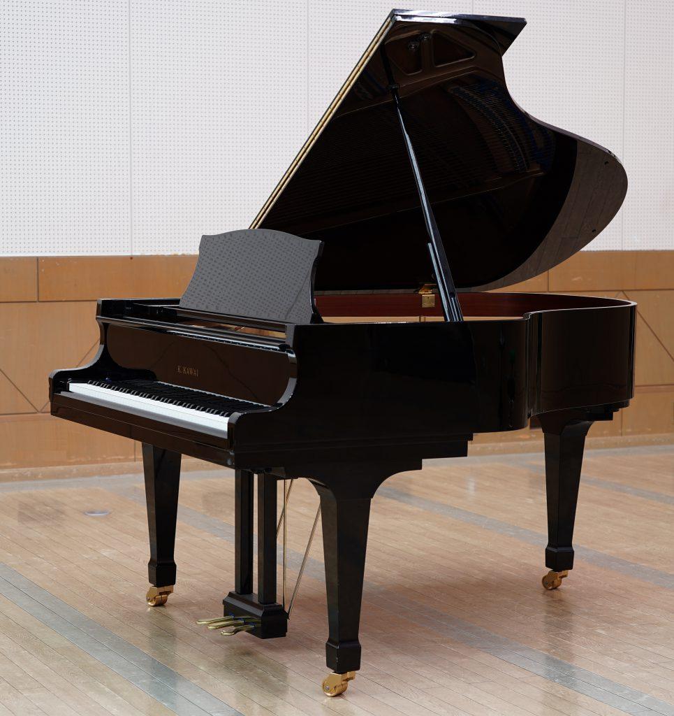 カワイ グランドピアノ