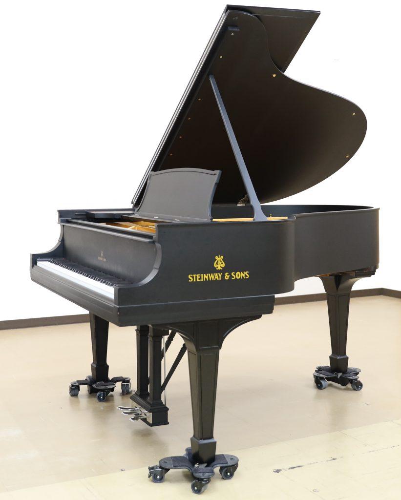 スタインウェイグランドピアノ